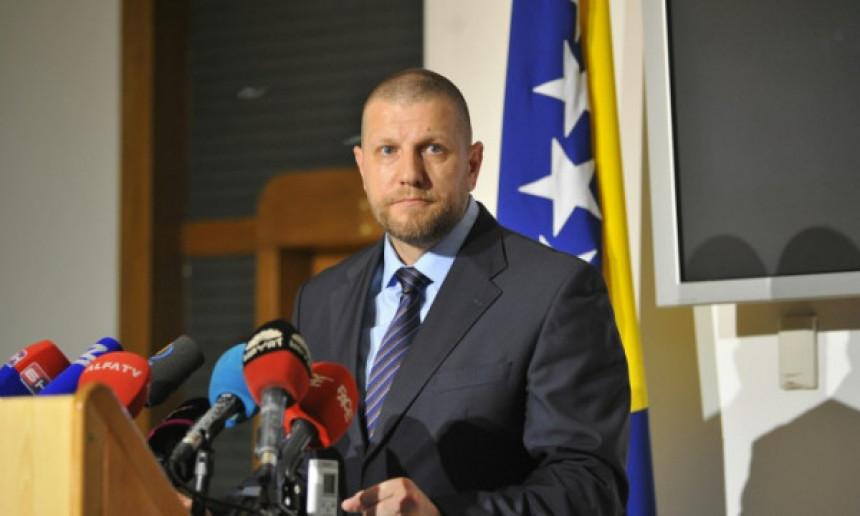Ismir Jusko spremio ostavku