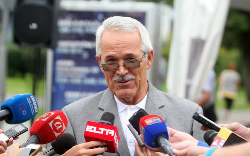 Драгутин Илић поново формирао политичку странку