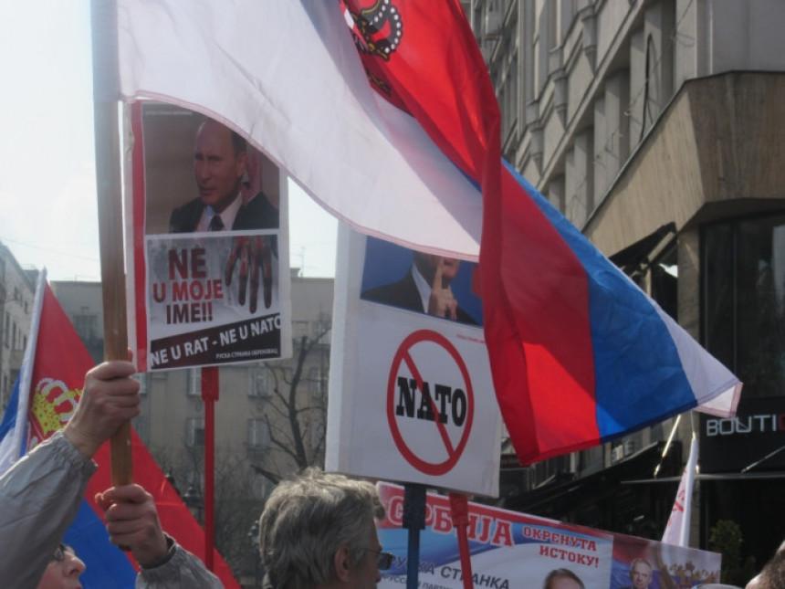 "Beograd: ""Zavetnici"" protiv NATO i RTS"