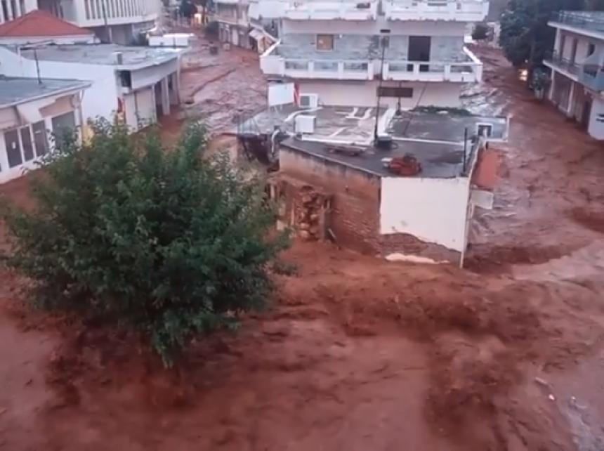 Хаос у Грчкој усред сезоне