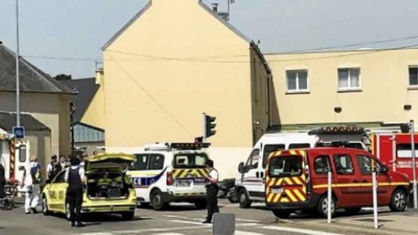 Pucnjava ispred džamije u Brestu