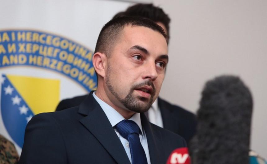 Jerinić: RTRS laže i narod i Dodika