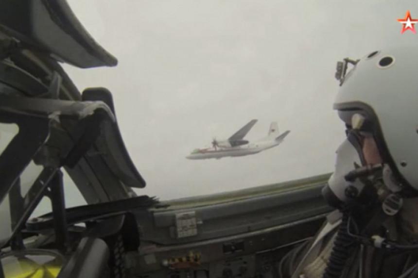 Stotinu aviona na vojnim vježbama