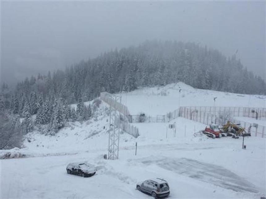 Visina snijega dvadesetak cm
