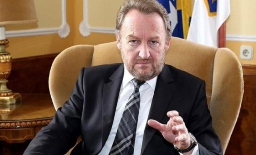 Dodik da poštuje Ustav BiH
