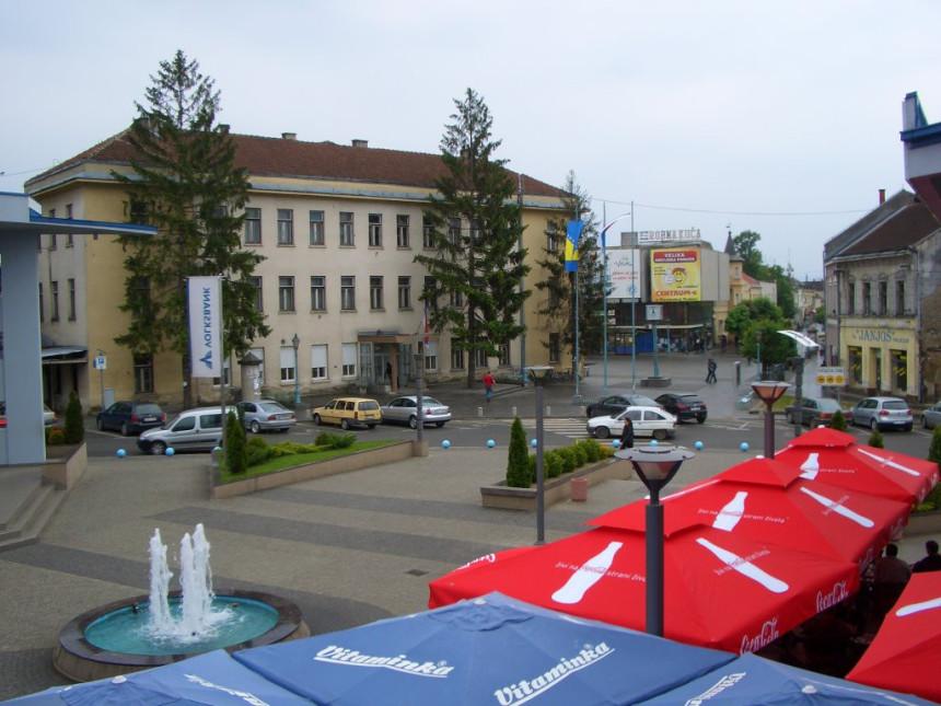 Kozarska Dubica: Raskol zbog DNS-a