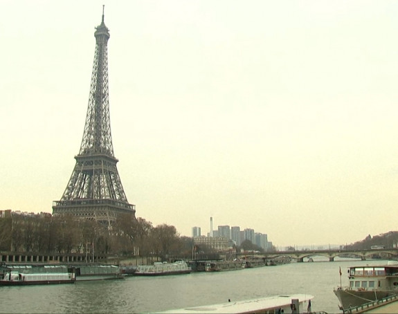 Stakleni zid od 20 milona evra štitiće Ajfelov toranj