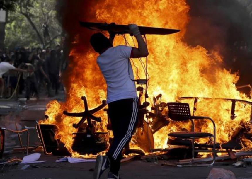 Ponovo gori Čile: Protesti i napadi ne jenjavaju