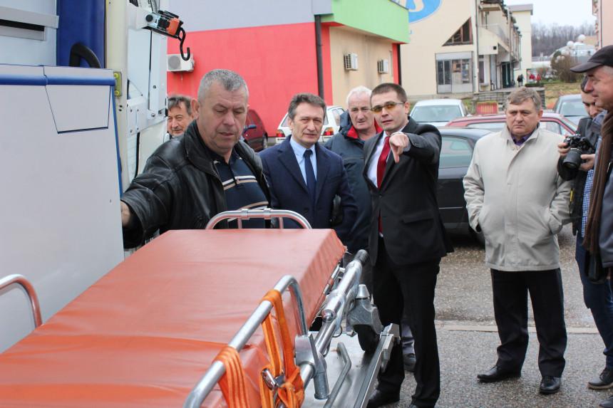 Sanitetsko vozilo za DZ Ugljevik