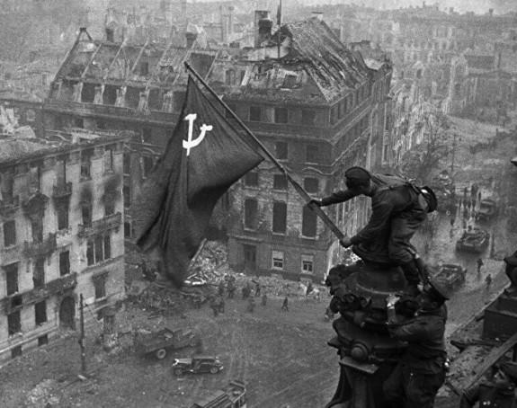 Na današnji dan se ubio Hitler