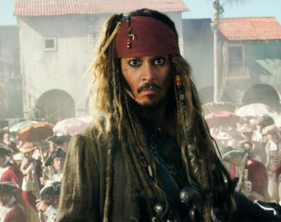 Džoni Dep napustio ''Pirates of the Caribbean'' franšizu?