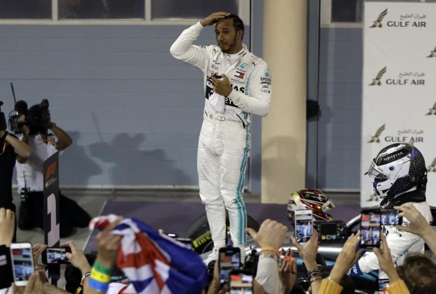 """F1: """"Sejfti kar"""" prvi kroz cilj, pa opet slavlje Mercedesa!"""