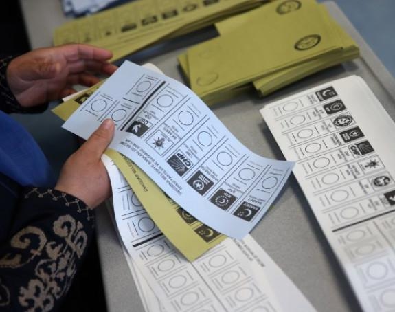 Neizvjesna bitka na izborima